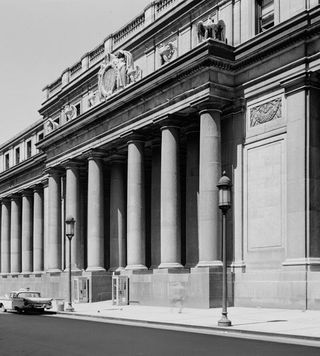 C-Penn Station